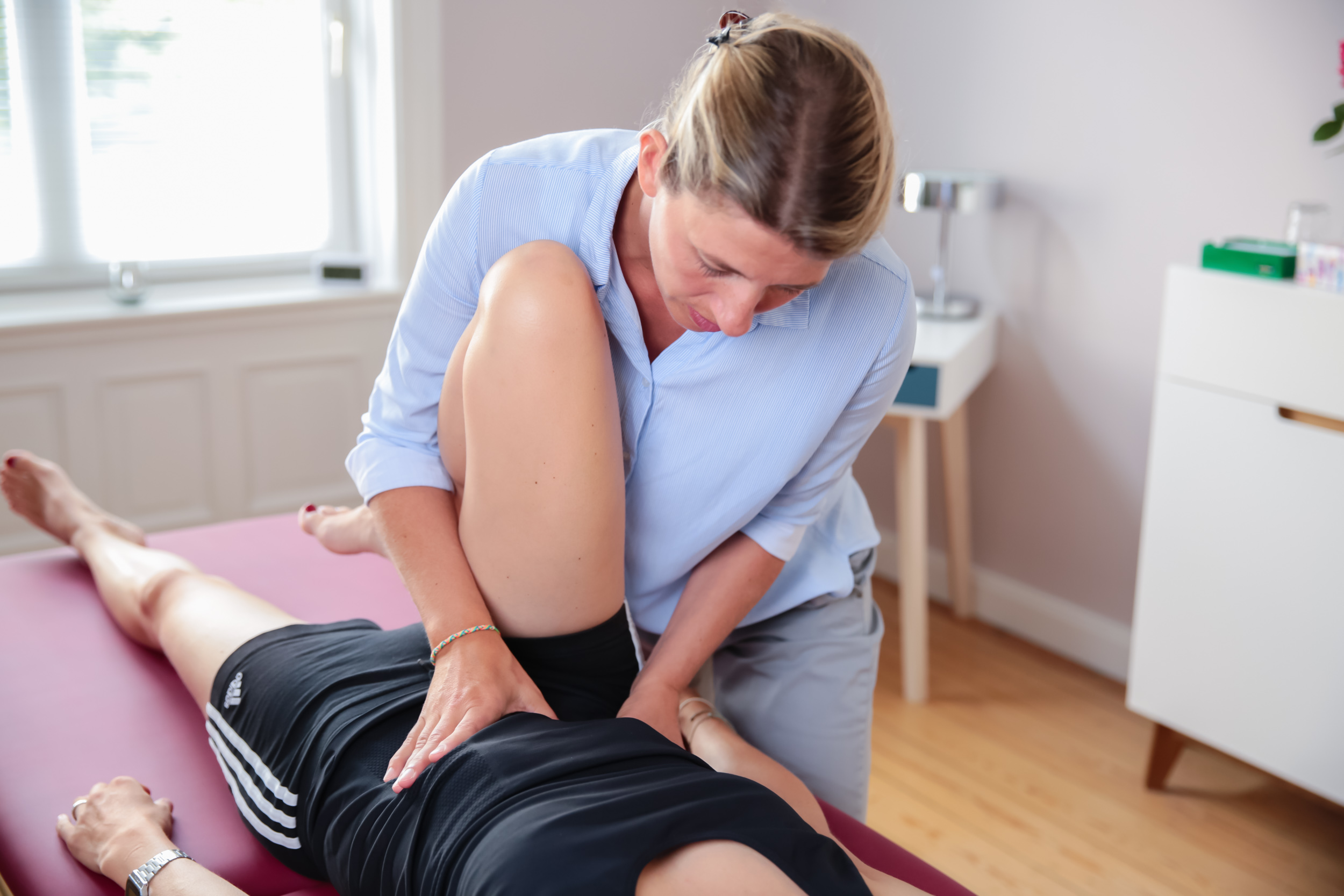 Osteopathie Hamburg Sonja Schrader - Osteopathie-Behandlung